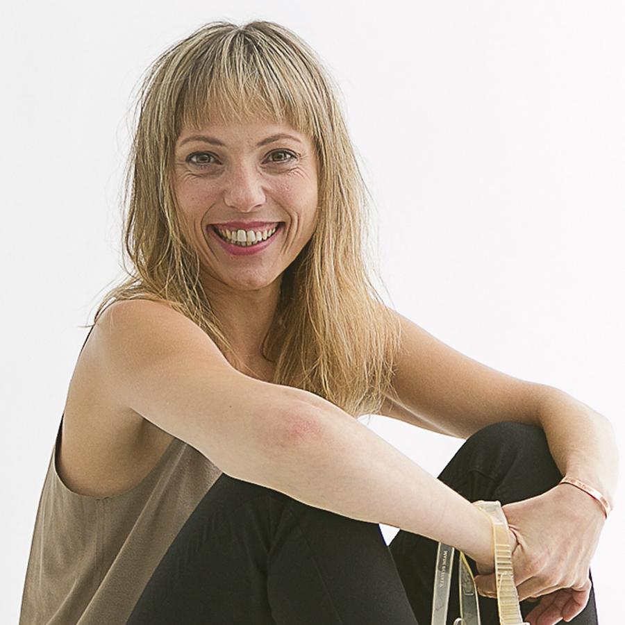 SONIA ESPINOSA  Profesora de Técnica Meisner Barcelona